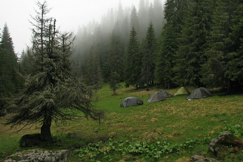 Палатки в Карпатах