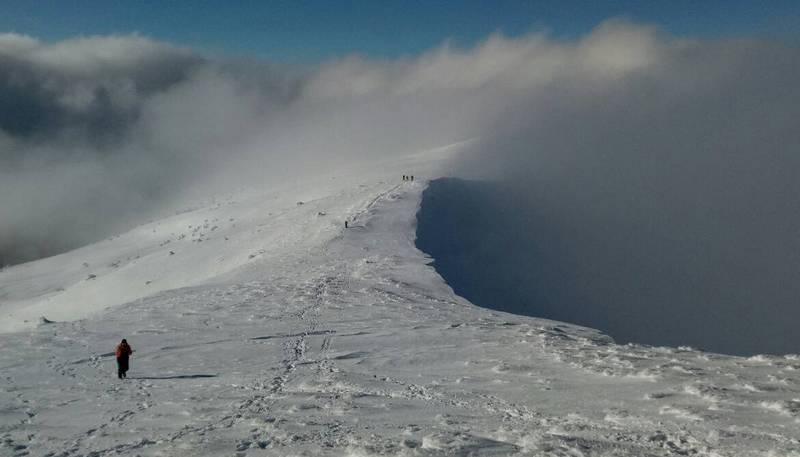 Хорошая погода в зимних Карпатах